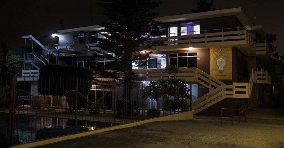 Colegio El Shaddai, en la sede central. (Otros 19 colegios en todo el país, según H. Caballeros).